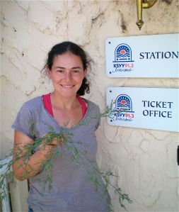 Rachel Kohn Obut with a hard to identify weed